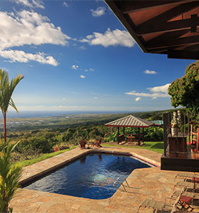 Big Island bed and breakfast pool