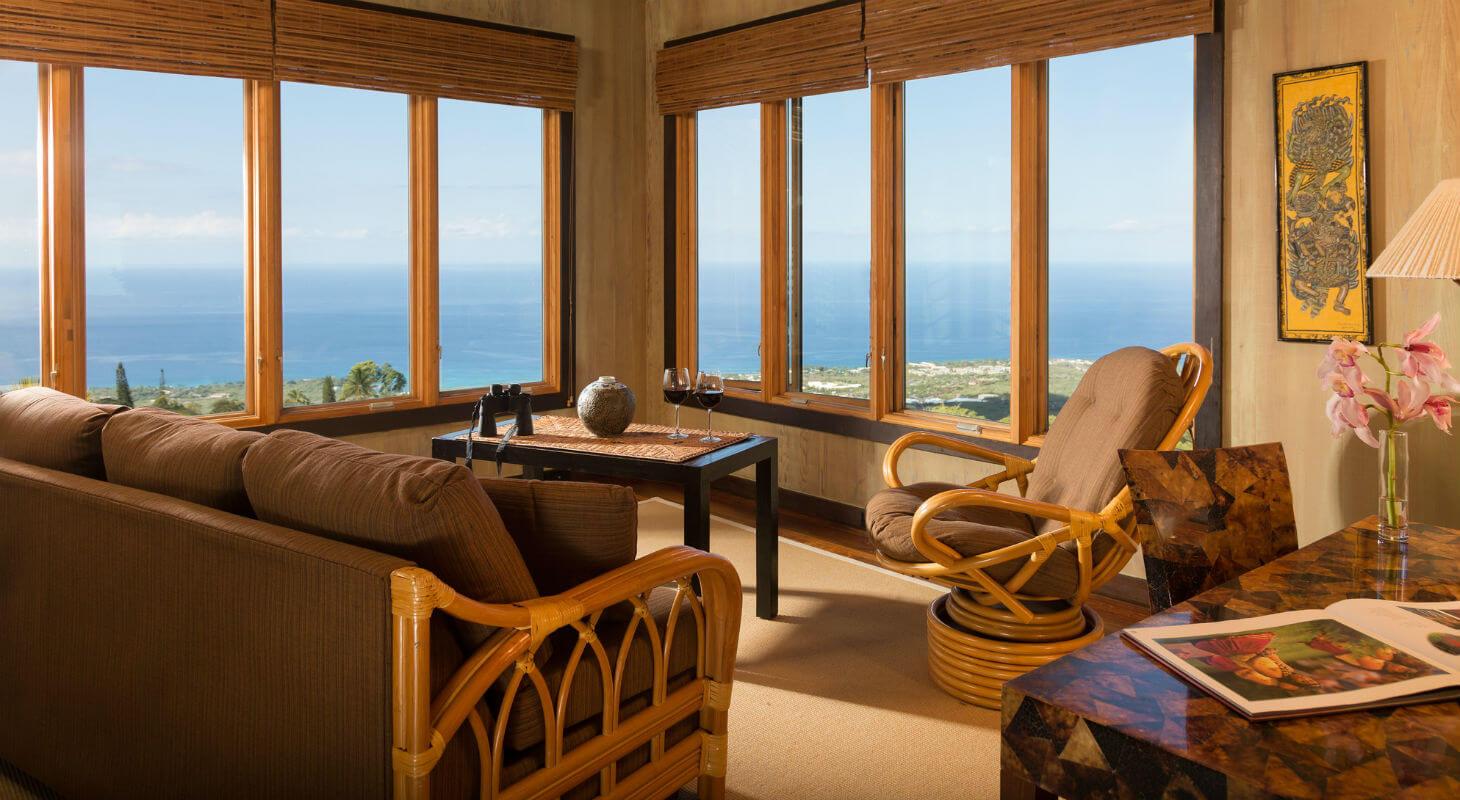 Living area in the Gardenia Suite