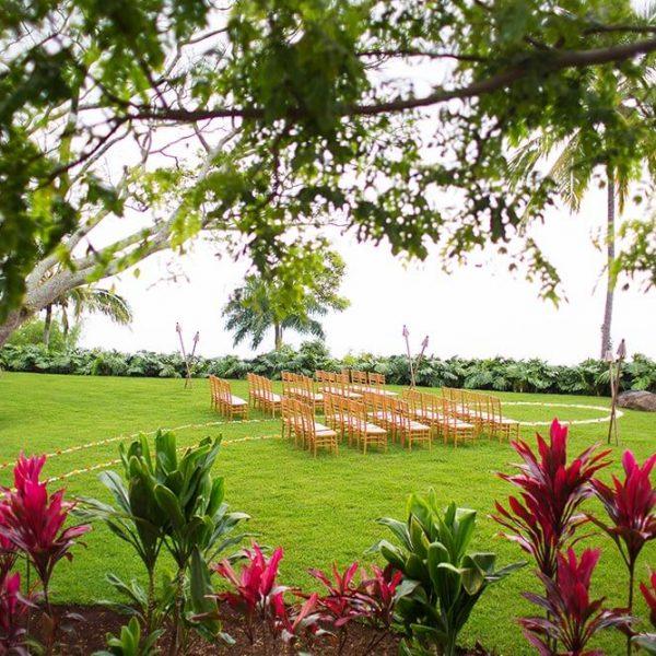 Wedding chairs and walkway in Hawaiian garden
